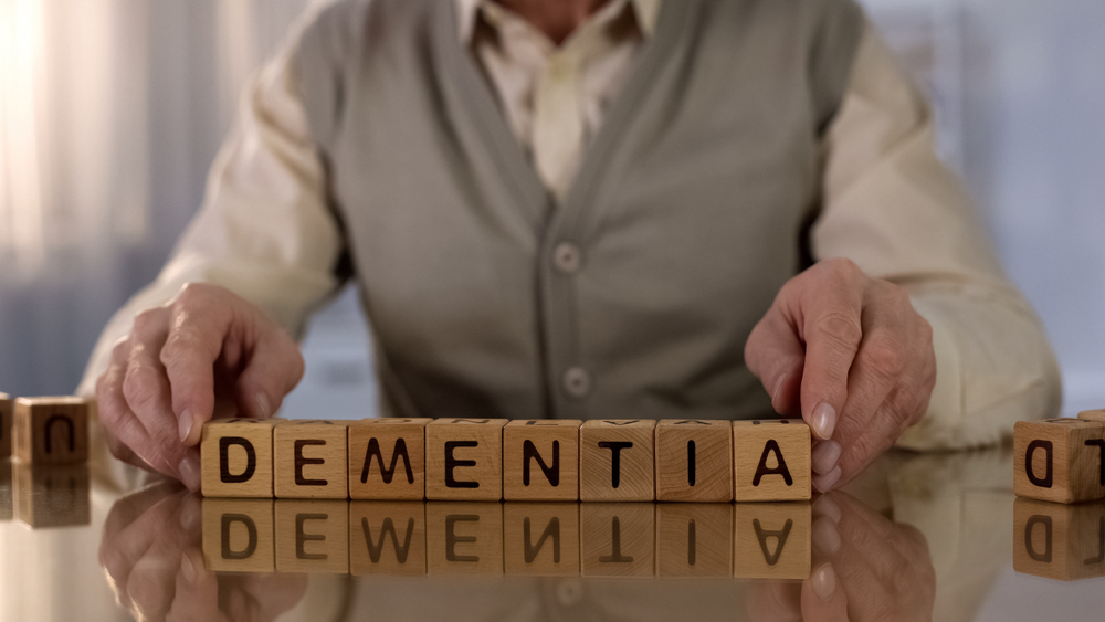 What Is The Difference Between Alzheimer's and Dementia ...